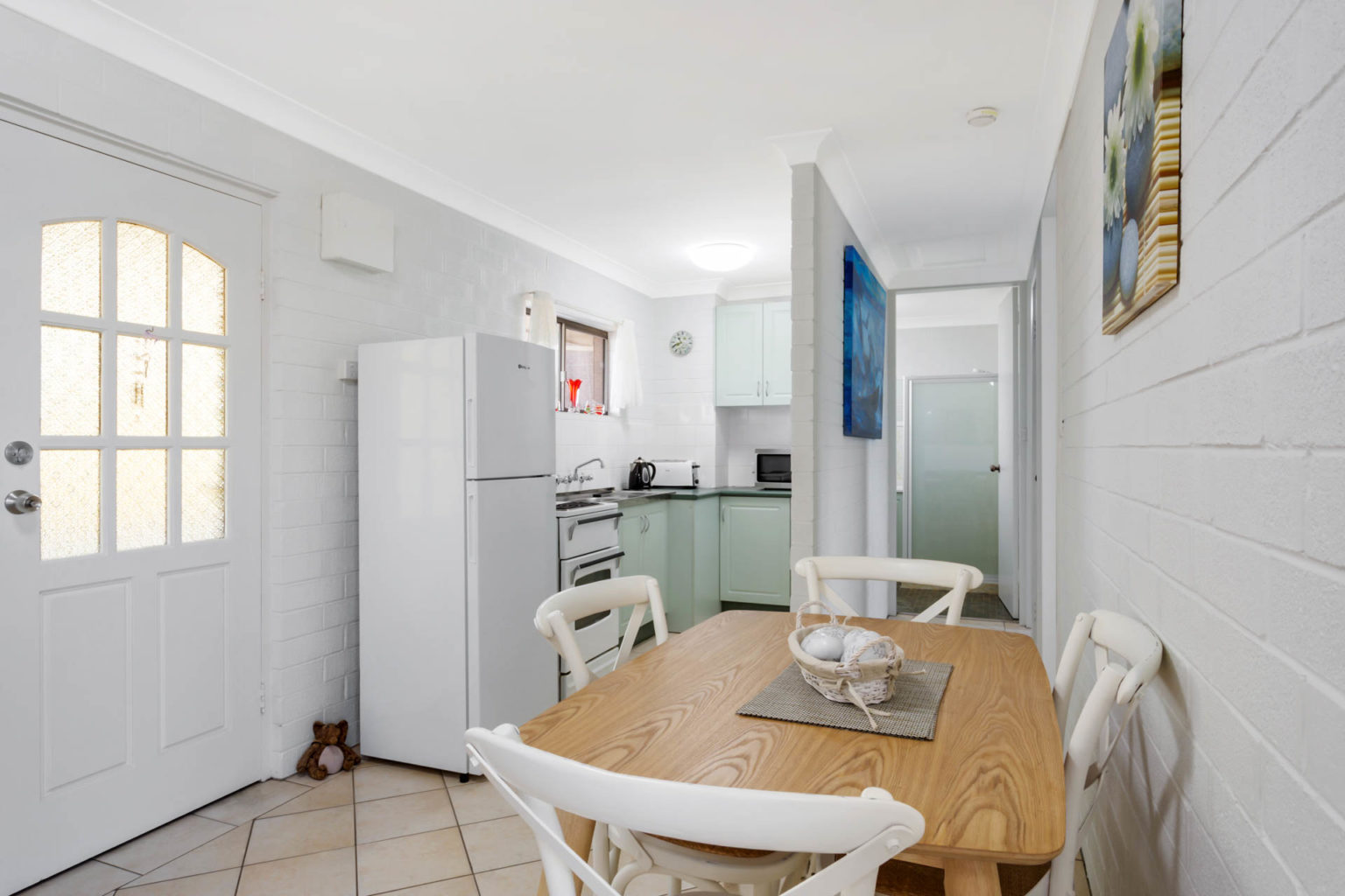 Siebel 7 Dining & Kitchen Merimbula Accommodation