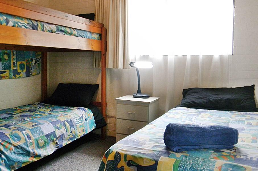 Beachcomber Bed 2