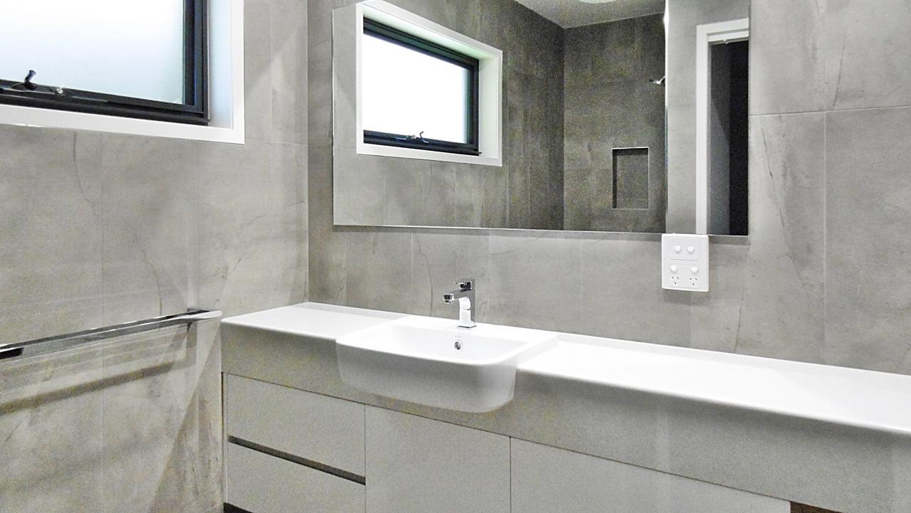 Sirocco Bath 2