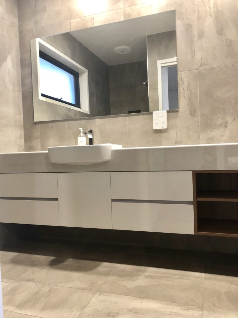 Sirocco Bathroom 2