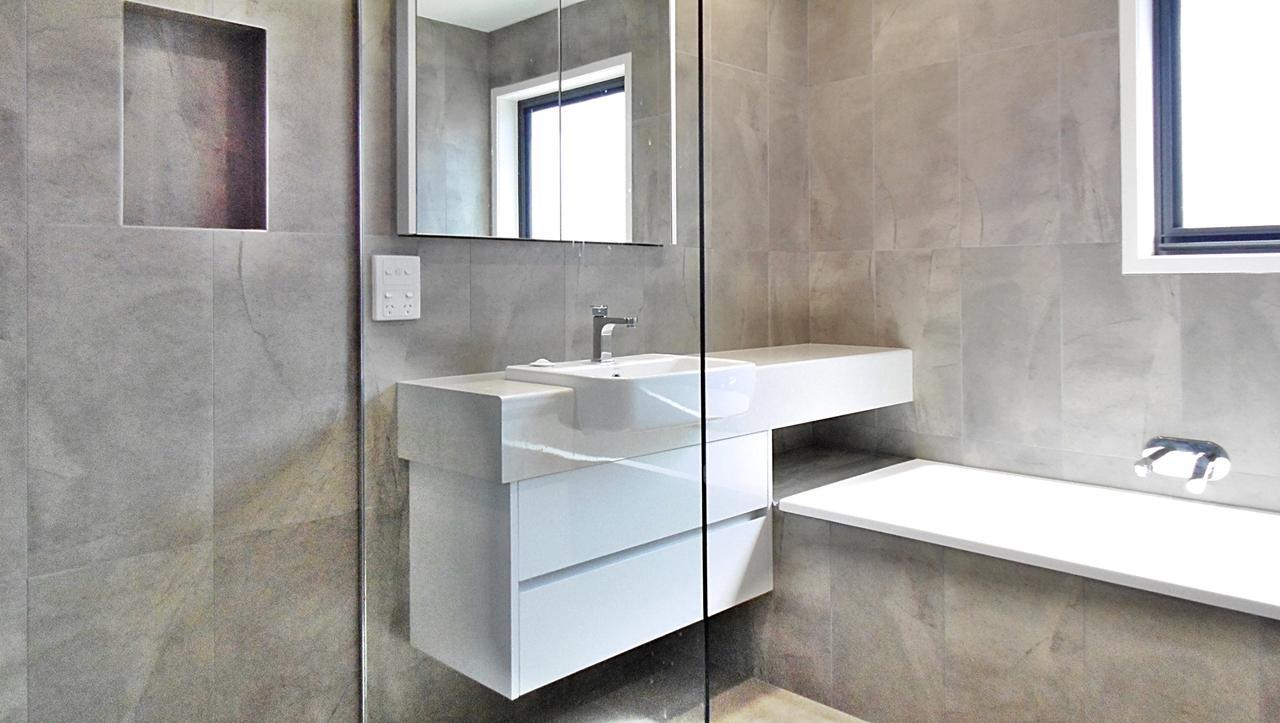 Sirocco Bathroom 3
