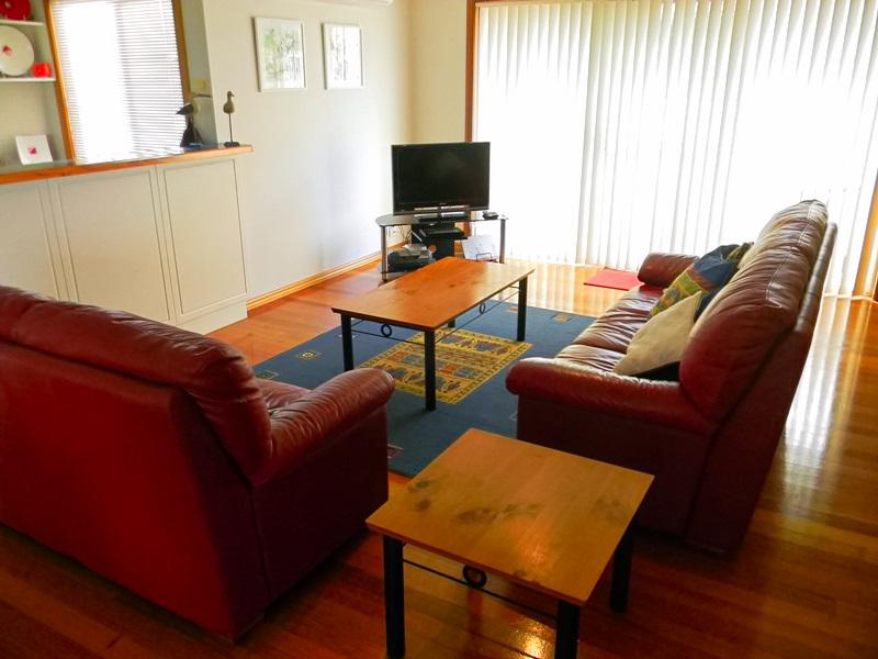 Lakeside Duplex lounge