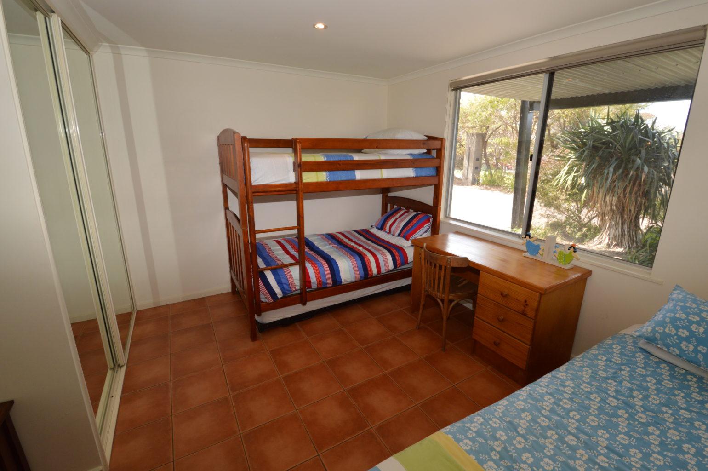 Sea Breeze Bed 2