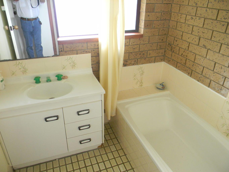 The Beachhouse Bath