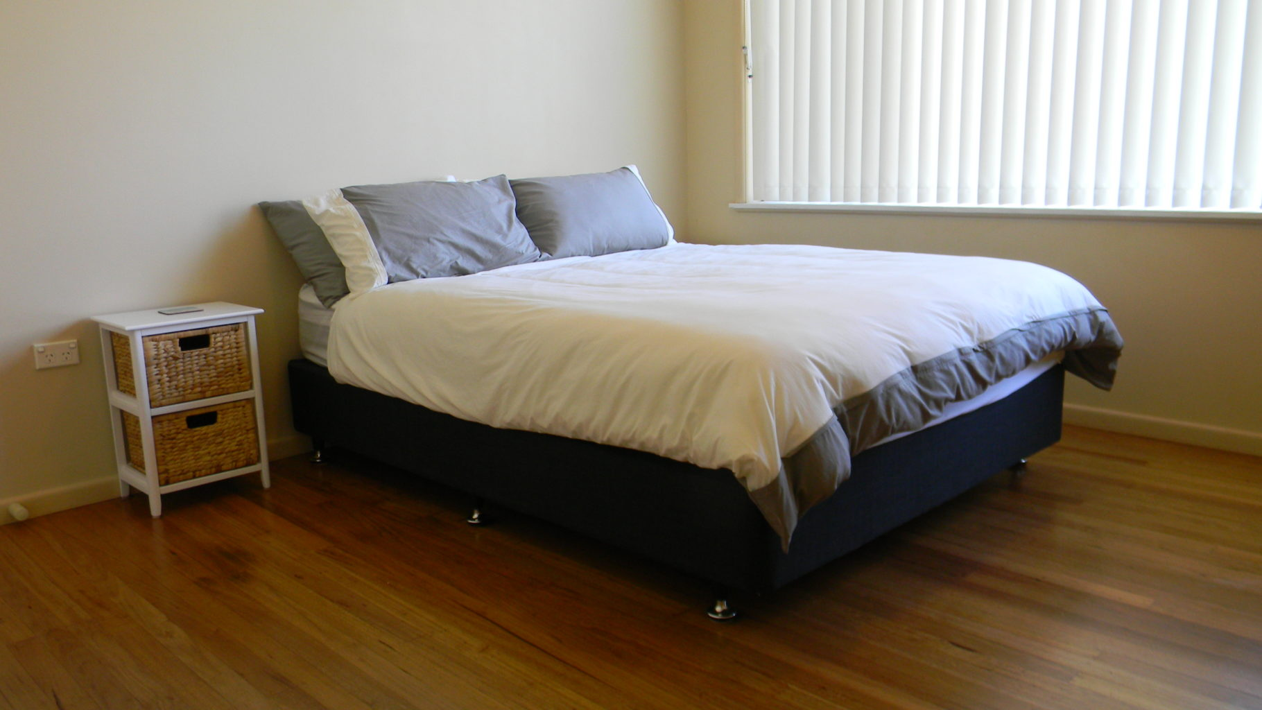 Whale Watcher Bed 1