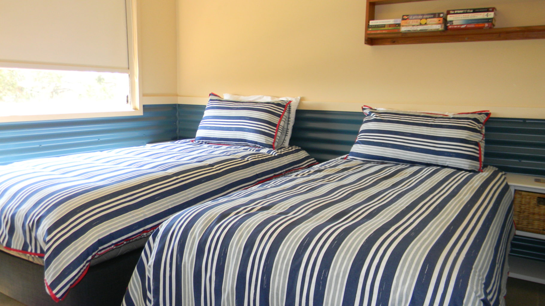 Whale Watcher Bed 2